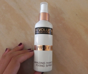 Pro Fix Amazing Makeup Fixing Spray Makeup Revolution